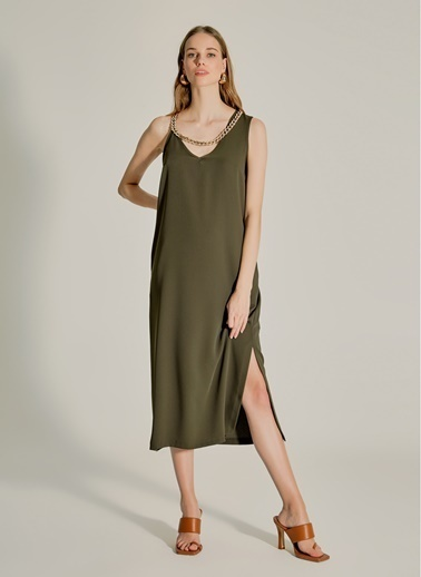 NGSTYLE Yakası Zincirli Elbise Haki